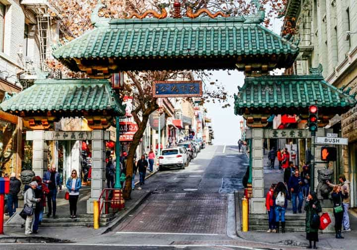 chintown gate on grant ave. san francisco, california