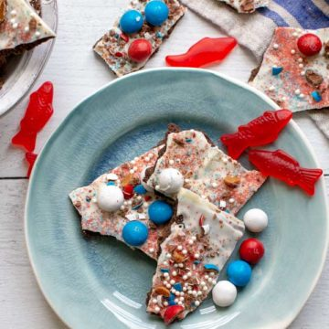candy bark on a blue plate