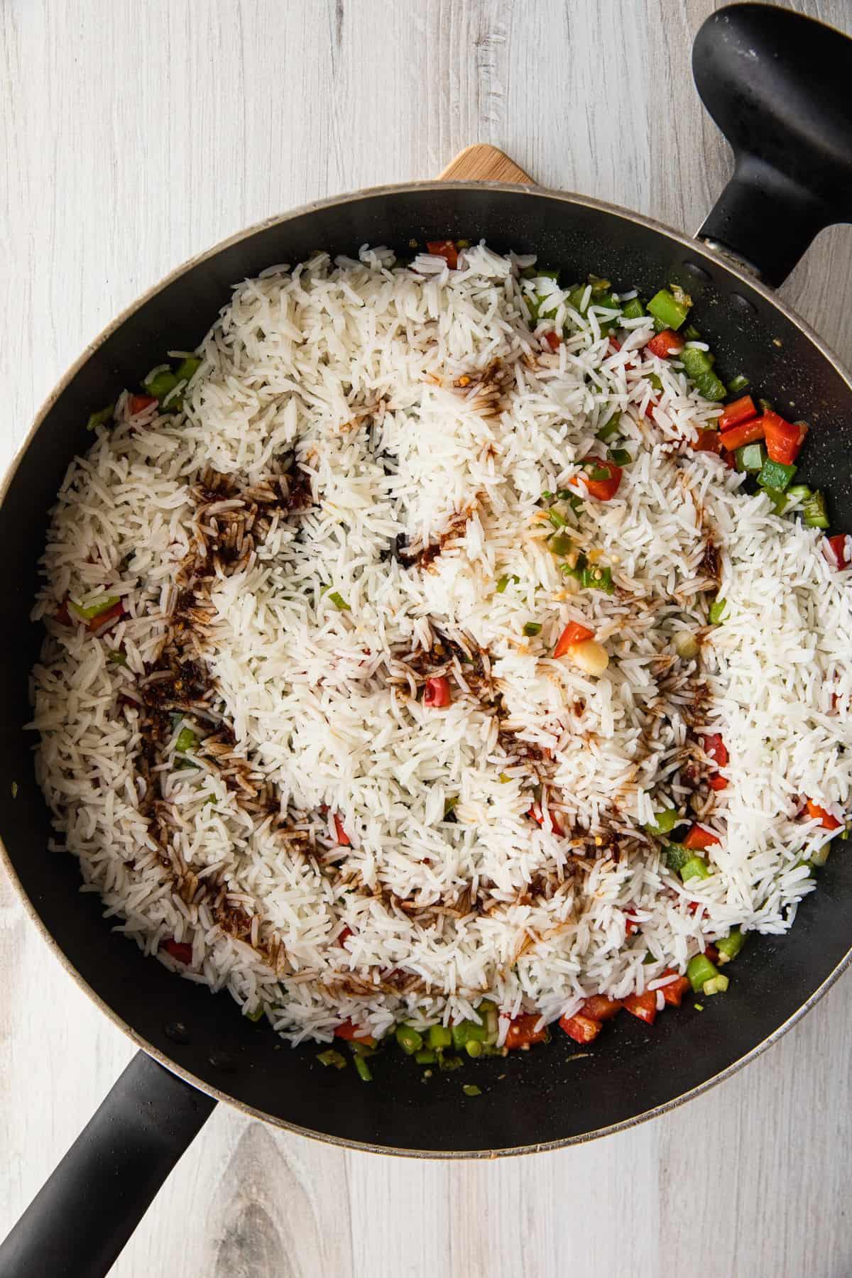 cooking ingredients to make fried rice